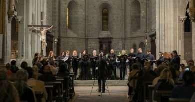 """Il coro """"Musica Reservata"""" incanta il pubblico nell'abbazia di San Martino al Cimino"""