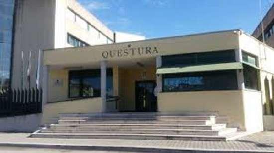 Questura di Terni, rinnovo permesso di soggiorno per ...
