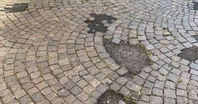 Tutto in 300 secondi del 15/07/2020. Rattoppi all'asfalto nel centro storico di Viterbo