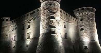Vasanello, boom di scatti per la prova luci al Castello Orsini