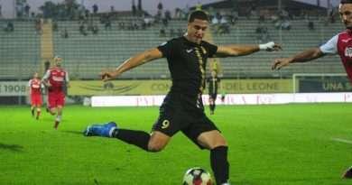 D'Ambrosio gol riacciuffa la Vis Pesaro al 94′ e salva la Viterbese: finisce 1-1